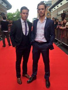 Finn and Joe Cole. Peaky Blinders.