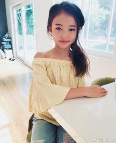 Pin on 可愛い娘 Pretty Kids, Beautiful Little Girls, Beautiful Asian Women, Beautiful Children, Cute Kids, Cute Asian Babies, Korean Babies, Asian Kids, Cute Asian Girls