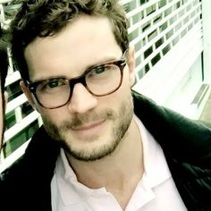 Idk which is better?Him with or without glasses?I prefer both #JamieDornan