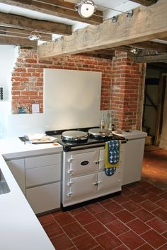 bulthaup kitchen in Alpine White matt lacquer. Best Cooker, Aga Cooker, Bulthaup B1, Winchester Hampshire, Funky Kitchen, Alpine White, Old Bricks, Kitchen Images, Ceiling Beams