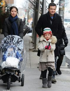 Jason Bateman w his family