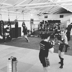 competition squad training this morning #basildon #fitness #essex #kickboxing #muaythai #twitter #boxing #mma #bjj #5elementsuk