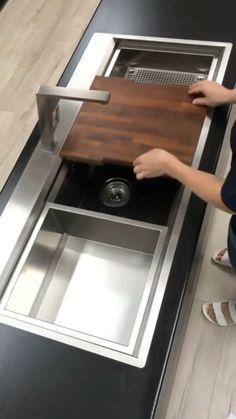 Modern Kitchen Sinks, Kitchen Pantry Design, Diy Kitchen Storage, Modern Kitchen Design, Home Decor Kitchen, Interior Design Kitchen, Smart Kitchen, Single Sink Kitchen, Modern Kitchen Island