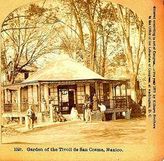 Restaurante El Tivoli, ubicado en San Cosme, uno de los más lujosos del Porfiriato, se ubicaba en la Colonia San Rafael en la Calzada de San Cosme(Ribera de San Cosme) entre la Calle Sur(Sadi Carnot) e Industria(Serapio Rendon).  ca. 1900