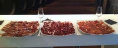 Cata de jamón - Creativando #TeamBuilding #Jamón #Cata Cata, Team Building, Pepperoni, Pizza, Beef, Food, Atelier, Meat, Essen