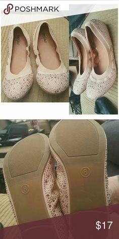 Mossimo Rhinestone Flats Mossimo Rhinestone Ballet Flats. Size 8. Color is beige. Brand new never been worn. Nothing is wrong with them. They were just sitting in my closet. No rhinestones missing. Mossimo Supply Co Shoes Flats & Loafers