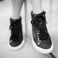 veja. ethical trainers. beautiful.