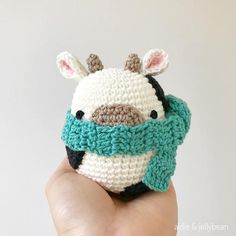 Beginner Amigurumi Crochet Patterns - Tips - A More Crafty Life : Beginner Amigurumi Crochet Patterns – Tips – A More Crafty Life Lion Crochet, Crochet Cow, Crochet Chain, Crochet Geek, Cute Crochet, Crochet Crafts, Double Crochet, Crochet Hooks, Crochet Projects To Sell
