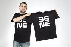 Bene a jeho tričko.