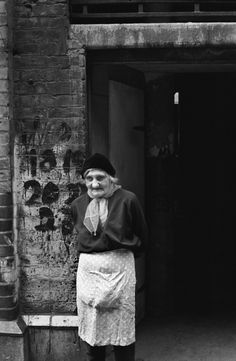 Tower Hamlets east London Cockney Woman 1970s Britain A427002