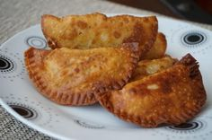 Receta de Empanada de puerro y nata - ¡Con queso rallado! French Toast, Cooking, Breakfast, Food, Grated Cheese, Appetizers, Wafer Paper, Baking Center, Kochen