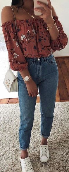 red off the shoulder top + vintage jeans 2019 summer outfits damen strand büro frauen für dicke beine rock zum selbstnähen sommeroutfits outfits outfits set Sommerkleider Trend 2019 Look Fashion, Teen Fashion, Fashion Outfits, Womens Fashion, Fashion Trends, Diy Fashion, Fashion 2018, Fashion Children, Fashion Lookbook