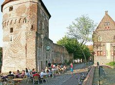 Afbeelding van http://schoonmaakjournaal.nl/wp-content/uploads/2012/07/Gemeente-Zwolle-centrum.jpg.