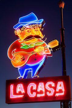 Now a city landmark, the neon sign for La Casa Pizzeria in Omaha, Nebraska features the grandly mustachioed Peppi. Cool Neon Signs, Neon Sign Art, Vintage Neon Signs, Neon Light Signs, Neon Jungle, Neon Licht, Neon Words, Neon Glow, Hippie Art