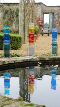 Garden art by Amanda Noble The Fused Garden •Medium - 93cm w/stand (without stand 72cm)  •Tall - 110cm w/stand (without stand 86cm)
