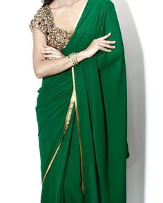 """An #emerald #green love affair .. @seemakhan76 saree! #couture"""