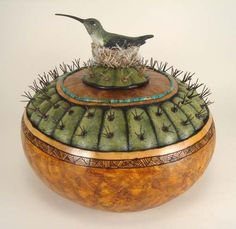 Bonnie Gibson Arizona gourds  carving... her work is amazing