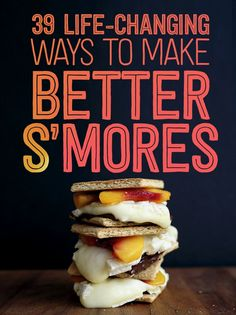S'mores Hacks That Will Change Your Life 39 S'mores Hacks That Will Change Your Life I love S'mores. Gonna have to try some of S'mores Hacks That Will Change Your Life I love S'mores. Gonna have to try some of these! Camping Desserts, Köstliche Desserts, Delicious Desserts, Dessert Recipes, Yummy Food, Camping Foods, Camping Tips, Fire Pit Desserts, Camping Checklist