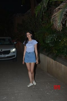 Photos: #AnanyaPandey seen at #PuneetMalhotra's residence