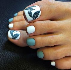 38 Unique Matte Nail Designs Ideas To Try This Fall Stunning 38 Unique Matte Nail Designs Ideas To Try This Fall Elegant Nail Designs, Elegant Nails, Toe Nail Designs, Stylish Nails, Acrylic Nail Designs, Trendy Nails, Gold Glitter Nails, Neon Nails, Matte Nails