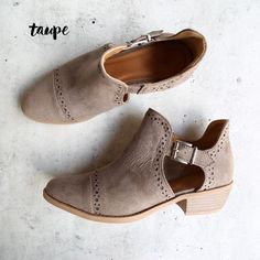 desert ankle boots - (more colors)