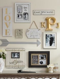 Put a little love into your gallery wall. This wall showcases a marriage of two. - WOHNEN & DEKO - Pictures on Wall ideas Hall Deco, Home Decor Trends, Diy Home Decor, Decor Ideas, Wall Ideas, Mirror Ideas, Inspiration Wand, Design Inspiration, Decoration Entree
