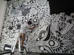 ©MarianoPadilla - Mural - Wall Painting - Uni Posca on wall -Pancheria Juanchos Castelar Murals Street Art, Mural Wall Art, Mural Painting, Doodle Wall, Zen Doodle, Posca Marker, Posca Art, Doodle Inspiration, Wall Drawing