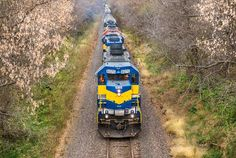 "DME 6070 travels Eastbound through ""God's Country"" on the CP Chicago sub - by Erik Anderson - Oct. 29, 2014 - Other pictures and news on https://www.facebook.com/pages/The-Mediarail-trainworld/1406045713028840?fref=ts"