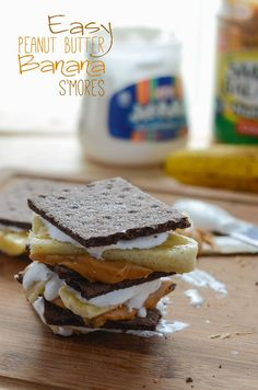 Easy Peanut Butter Banana S'mores – Cupcake Best Pastry Recipe, Pastry Recipes, Dessert Recipes, Yummy Treats, Delicious Desserts, Sweet Treats, Yummy Food, Peanut Butter Recipes, Peanut Butter Banana