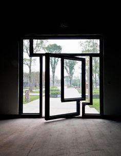 I want that door