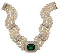 Emerald and 3 strand Pearl Necklace/choker