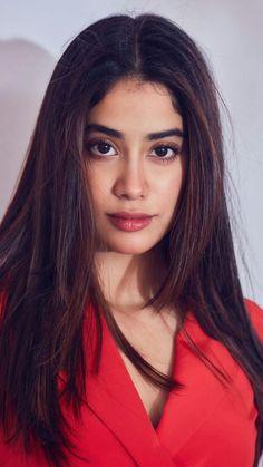 Indian Bollywood Actress, Bollywood Girls, Beautiful Bollywood Actress, Most Beautiful Indian Actress, Indian Actresses, Prettiest Actresses, Beautiful Actresses, Katrina Kaif Hot Pics, I Love Girls