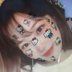 Hello Kitty, Kpop Girl Groups, Kpop Girls, Gifs, Attractive People, Cute Icons, Galaxy Wallpaper, Aesthetic Art, K Idols