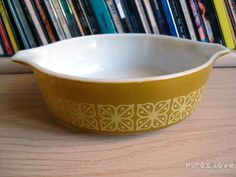 vintage dish pattern