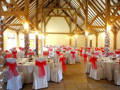 Our Amazing Winter Wedding Breakfast Room Rivervale Barn Venue Hampshire Sarah And Ben 15 12