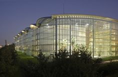 Lufthansa Aviation Center, Frankfurt - Ingenhoven Arch. / Werner Sobek Ing.