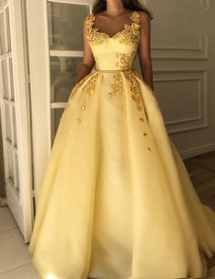 Fabulous Beautiful Straps Evening Dresses Long Tulle Yellow Prom Dresses with Appliques, Shop plus-sized prom dresses for curvy figures and plus-size party dresses. Ball gowns for prom in plus sizes and short plus-sized prom dresses for Elegant Dresses, Pretty Dresses, Formal Dresses, Yellow Prom Dresses, Yellow Dress Wedding, Long Dresses, Long Yellow Dress, Yellow Gown, Dresses Dresses