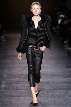 Isabel Marant Fall 2010 Ready-to-Wear - Collection - Gallery - Style.com