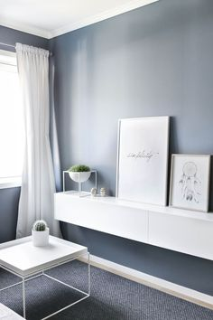 Small Bedroom Ideas That Are Big in Style Living Room Paint, Home Living Room, Living Room Inspiration, Interior Inspiration, Style At Home, Pretty Things, Pastel Interior, Modern Spaces, Lofts