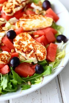 Halloumi, Soup And Salad, Healthy Recipes, Healthy Food, Cobb Salad, Tapas, Food And Drink, Veggies, Keto