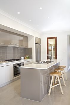 Clarendon Homes. Seaview Kitchen and view of access to walk-in-pantry. Kitchen Dinning Room, New Kitchen, Kitchen Decor, Cashmere Gloss Kitchen, Clarendon Homes, Beige Kitchen, Kitchen Extensions, Kitchen Colour Schemes, Kitchen Worktop