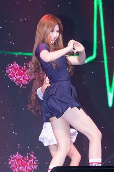 Kpop Girl Groups, Korean Girl Groups, Kpop Girls, Korean Women, South Korean Girls, Nayeon, Korean Beauty, Asian Beauty, Sana Kpop