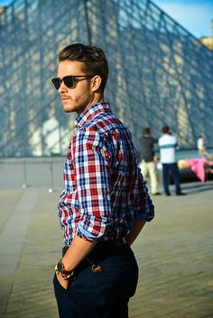 Welcome to our cheap Ray Ban sunglasses outlet online store, we provide the latest styles cheap Ray Ban sunglasses for you. High quality cheap Ray Ban sunglasses will make you amazed. Stylish Men, Men Casual, Teen Fashion, Fashion Tips, Fashion Design, Summer Outfits, Casual Outfits, Well Dressed Men, Ray Ban Sunglasses