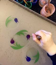 Nun Sanat Atölyesi (Emine Solak) Marble Painting, Marble Art, Art Workshop, Floral Stencil, Turkish Art, Marbling Fabric, Art, Ebru Art, Creative Drawing