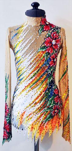 Lana Badedrakt for kunst gymnastikk Baton Twirling Costumes, Dance Costumes, Dance Outfits, Dance Dresses, Rainbow Costumes, Synchronized Swimming, Rhythmic Gymnastics Leotards, Skating Dresses, Figure Skating