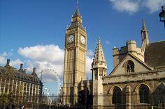הביג בן הביג בן, מגדל השעון של ארמון וסטמינסטר, הוא אולי הסמל המפורסם ביותר של העיר לונדון והמזוהה ביותר עימה. מגדל השעון בנוי בצורה מרובעת, כך שמכל צד שעומדים ניתן לראות את השעה והוא מעוצב בסגנון האדריכלות הניאו-גותי. סביב השעון, המתנשא לגובה של 106 מטרים, נערכים פסטיבלים רבים והאיזור כולו שוקק חיים. כתובת: 87-135 Brompton Road, London