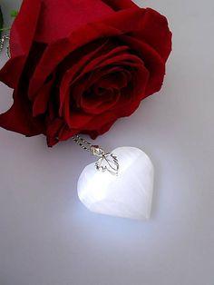 Sima-polodrahokamy / tajomné srdce elfov - selenit prívesok v striebre Napkin Rings, Earrings, Jewelry, Ear Rings, Jewlery, Jewels, Jewerly, Jewelery, Beaded Earrings Native