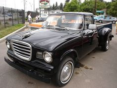 studebaker champ Hot Rod Trucks, Gmc Trucks, Cool Trucks, Pickup Trucks, Classic Trucks, Classic Cars, Little Truck, Commercial Vehicle, Vintage Trucks