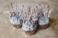 Game of Thrones Cupcakes Tutorial ~ 1FineCookie