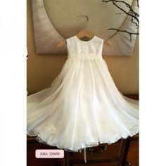 Βαπτιστικό φόρεμα στο χρώμα της άμμου με δαντελένιο κορσάζ, κεντημένο με παγιέτες και φούστα μουσελίνα, διακοσμημένη με λουλουδένια μοτιφ με παγιέτες. Κωδικός Προϊόντος: ΡΚ.17 Girls Dresses, Flower Girl Dresses, Wedding Dresses, Fashion, Dresses Of Girls, Bride Dresses, Moda, Bridal Gowns, Fashion Styles